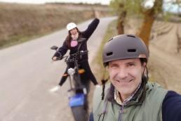 destinos-en-pareja-rura-moto-electrica